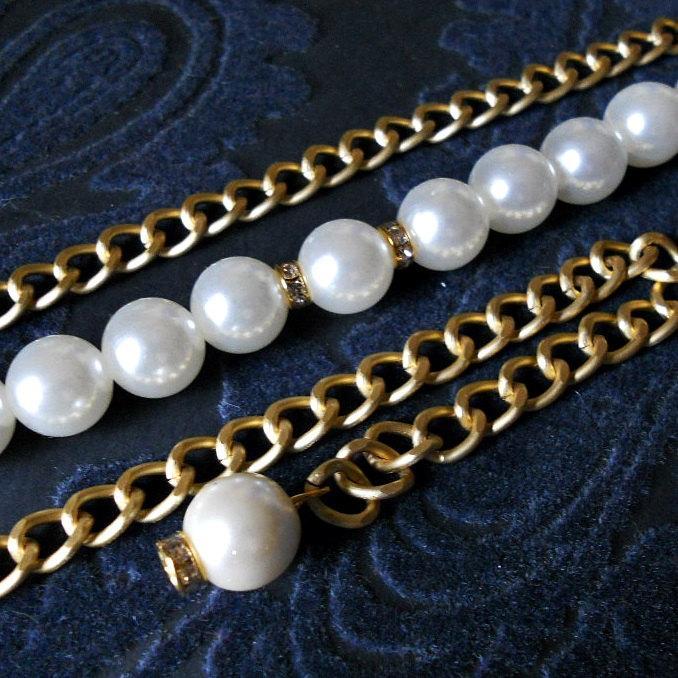 Mariage - Bride pearl belt. Bridal belt. Golden belt. Chain belt. Wedding accessories. Bridesmaid belt. Fashion belt. Fine belt. Elegant belt. CIN#02
