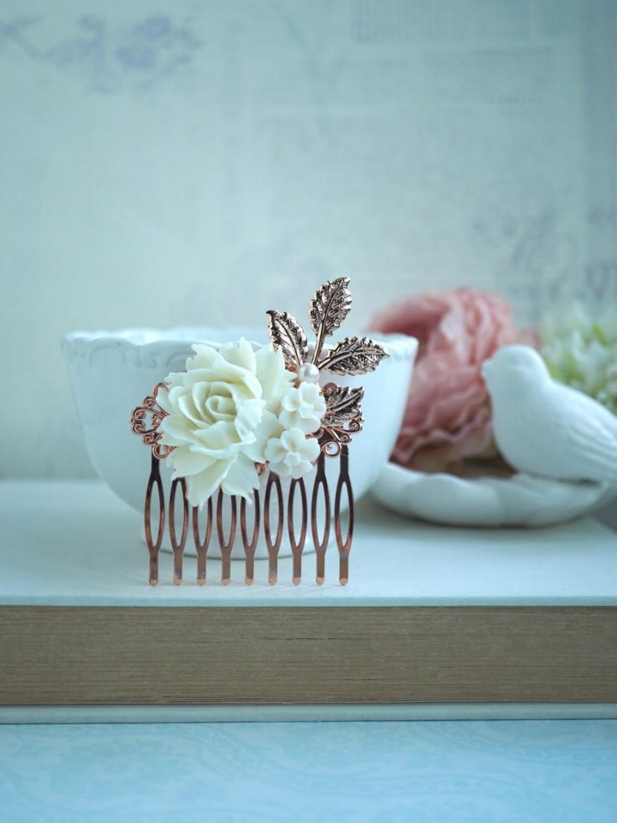 Mariage - Rose Gold Finish Cream Rose Comb, Rose Gold Ivory Off White Rose Flower Comb, Rose Leaf Comb Bridal Hair Vintage Rustic Rose Gold Wedding