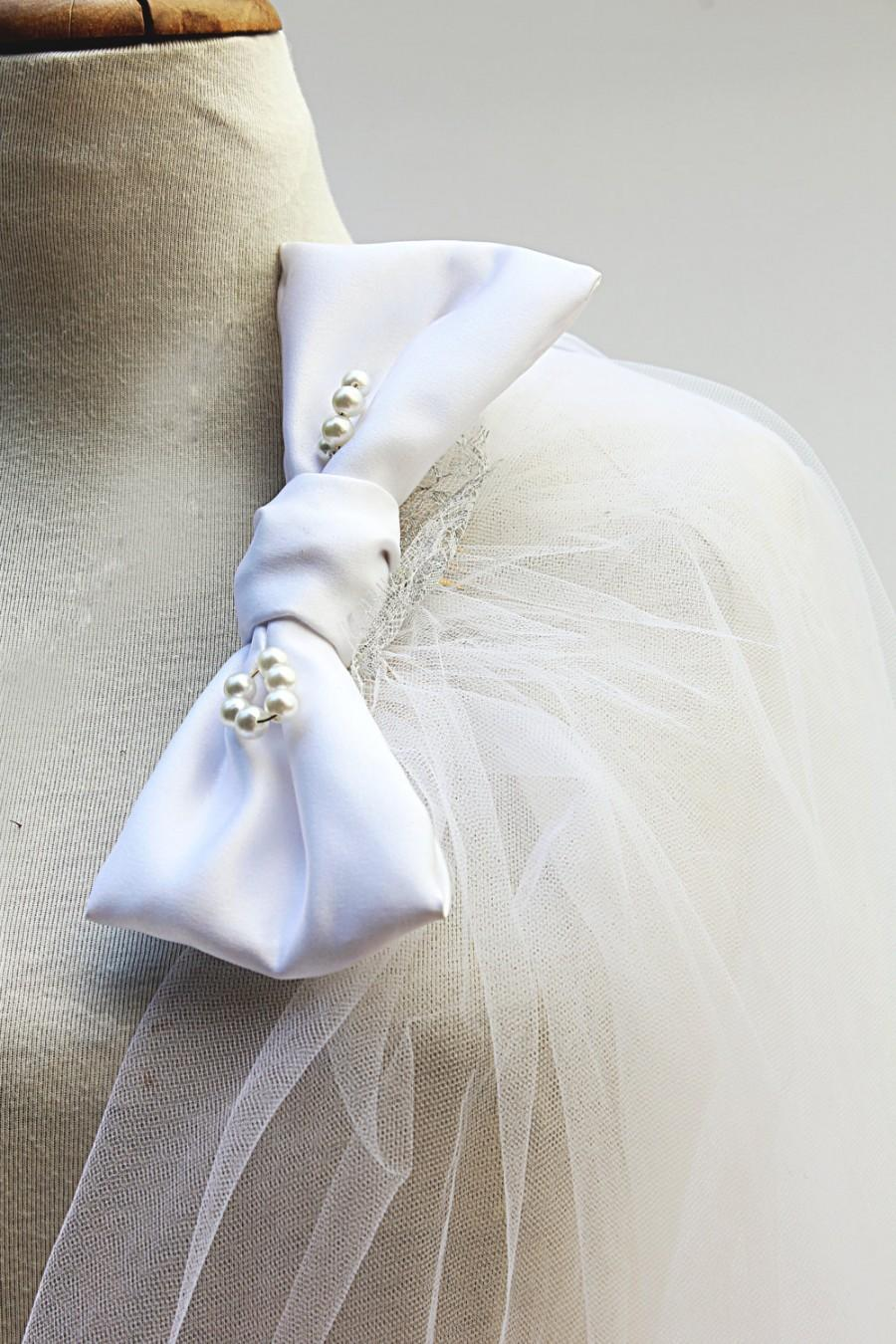 Mariage - Reserved – Fancy Wedding Veil of Romantic Vintage Tulle with Unique Jeweled hair-comb & Decorations