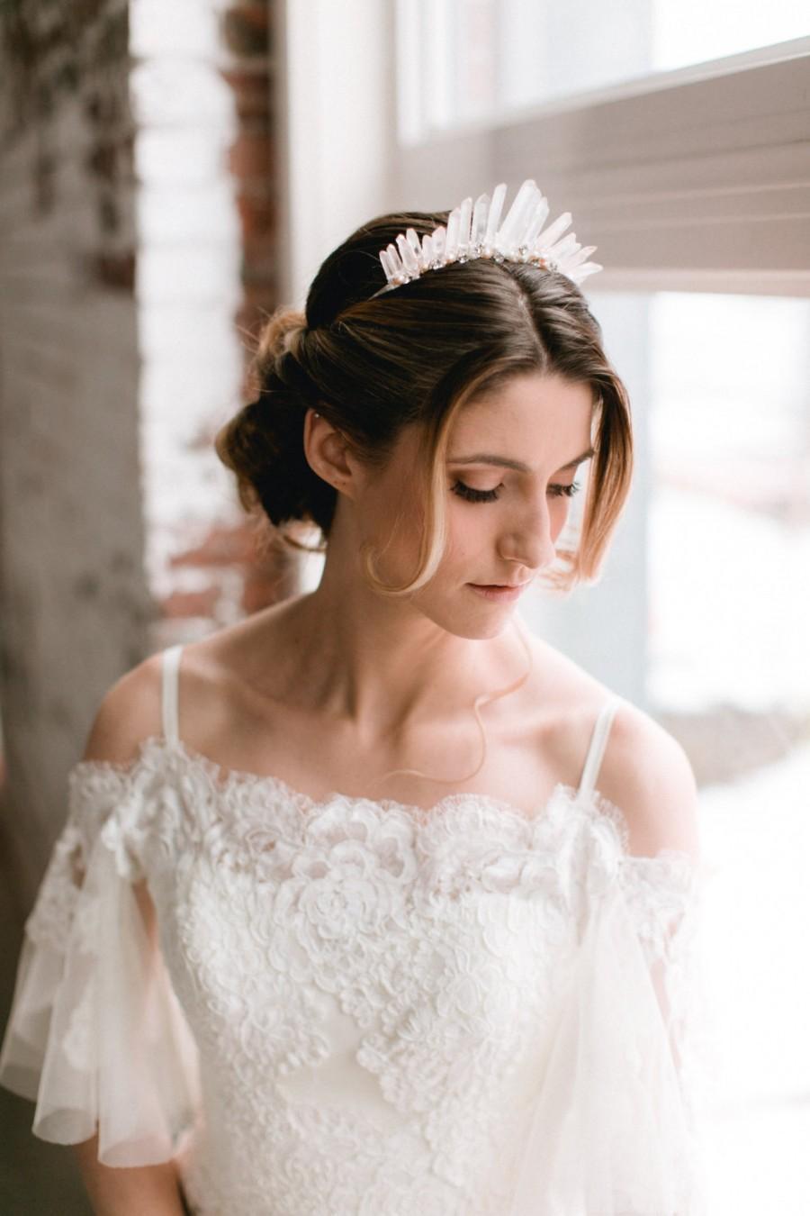 زفاف - SOPHIA - glamorous rose quartz ombre bridal tiara, glam bohemian raw crystal wedding crown, boho modern bride headpiece