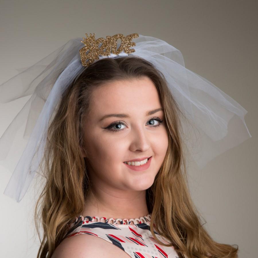Mariage - Bride wedding Veil Tiara Headband with mini crown symbol