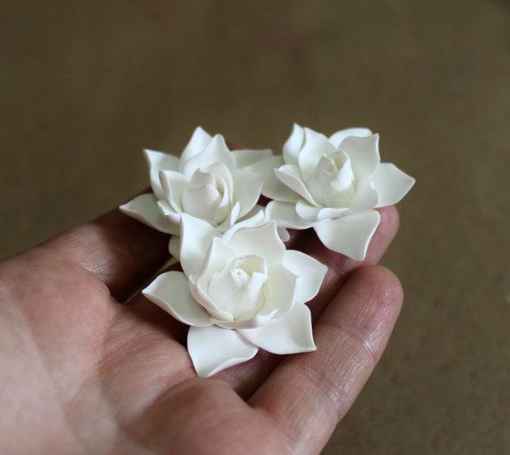 زفاف - White Magnolia - Flower Hair Clips. Flower Accessories - Magnolia Wedding Hair Accessories, Wedding Hair Flower Hair - set