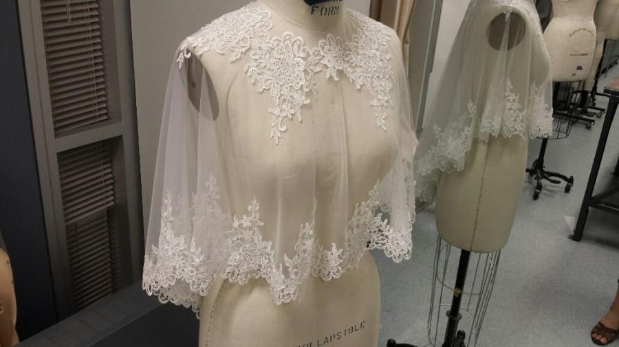 Mariage - Bridal Cover Up - Soft Tulle Off-white, w/ Bridal Lace Trim All-around (CU01)