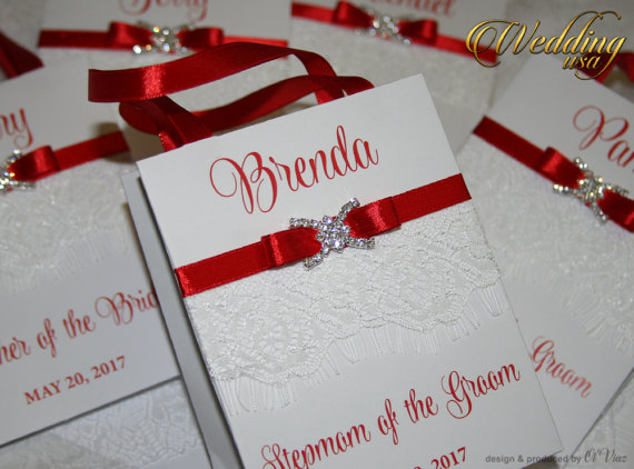 Boda - Small Personalized Bridesmaid's Gift Bags with lace ribbone and name - Custom Bridesmaid Bachelorette bags Bridal Favors wedding gift bags