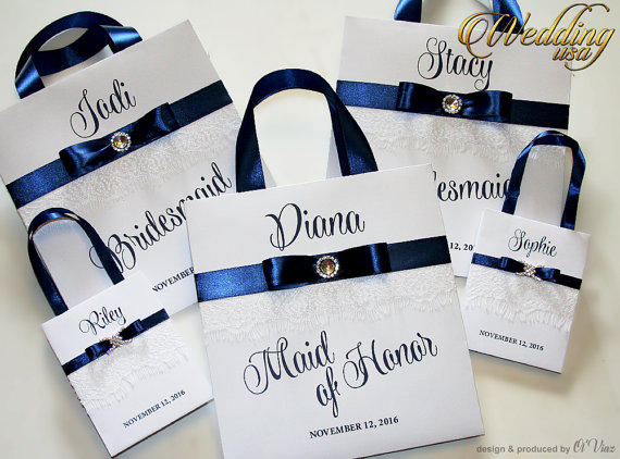 Mariage - Personalized Bridesmaid Gift Bags with white lace Navy Blue ribbone and name Custom Bridesmaid Bachelorette bags Bridal Party Wedding Favors