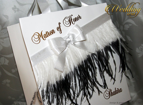 Boda - Black and White Bridesmaids' Gift Bag - Personalized Bachelorette Party Gift Paper Bags - Bridal Shower gifts - Wedding Hotel Welcome Bag