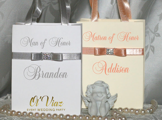 Mariage - Small Silver & Peach Personalized Bridesmaid Gift Bags with ribbone and names Custom Bridesmaid Bachelorette bags Bridal favors Bridal Party