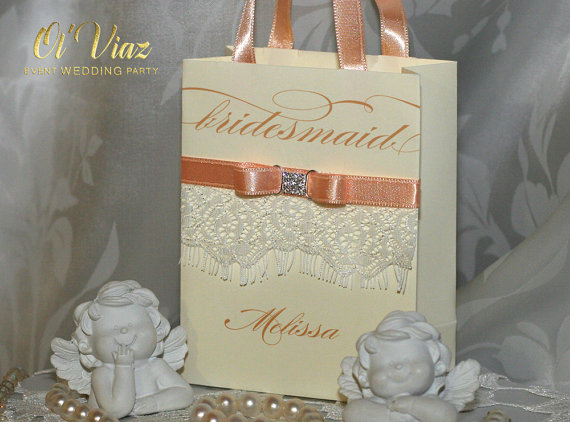 Hochzeit - Avory Personalized Bridesmaid Gift Bags with lace ribbone and name - Custom Bridesmaid Bachelorette & Bridal Party paper Bags Weddings Gift