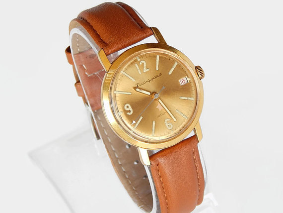Mariage - Rare Mens Watch Gold Plated Wostok Mens Watch vintage Vostok soviet watch, USSR watch mens vintage Gift Watch