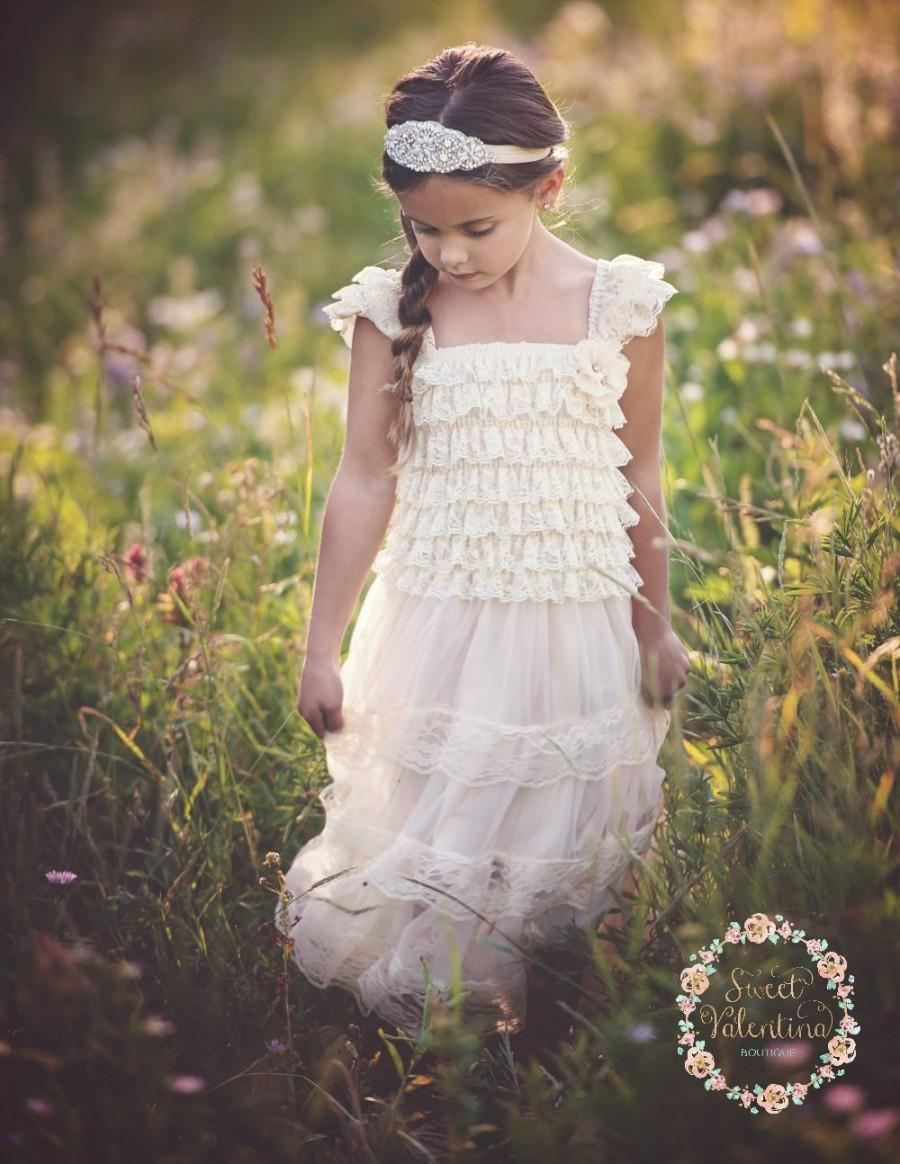 Mariage - Flower girl dress, Ivory lace dress, rustic flower girl dress,country flower girl dress, Baptism dress, flower girl dresses, Baby dress.