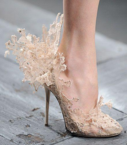 Boda - OMG Shoes!