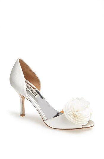 Wedding - Badgley Mischka 'Thora' Pump