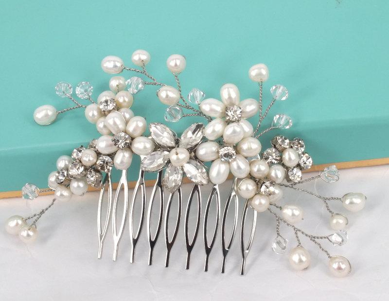 Свадьба - Élyséen - Freshwater Pearl  and Rhinestone Bridal Hair Comb
