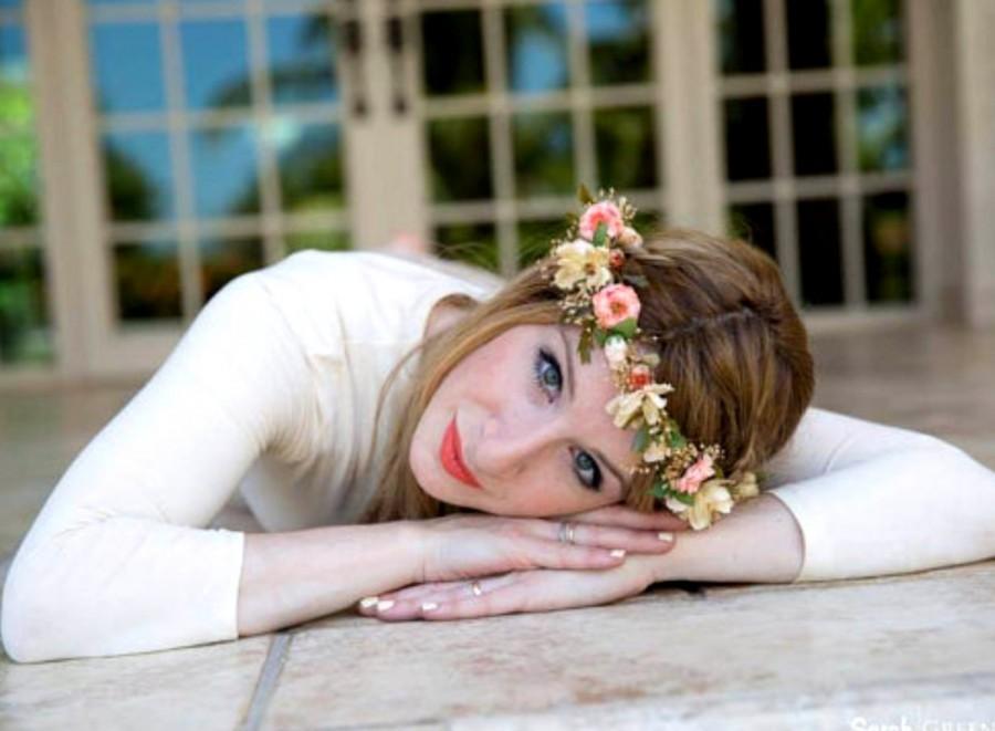 Свадьба - Bridal Flower crown Blush Peach Pink  Woodland hair Wreath wedding accessories Floral halo circlet dried flower style International ship