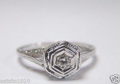 Mariage - Antique Diamond White Gold Art Deco Engagement Ring