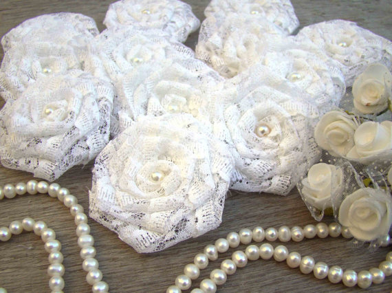 Mariage - White Lace Flowers Set of 12 handmade fabric rosettes Wedding Decor Bridal Wedding Party Favor Rustic Wedding Bouquet Shabby Chic Roses