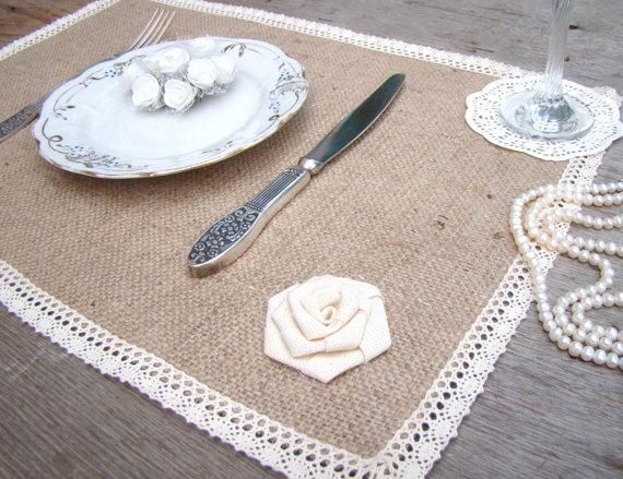 Свадьба - Burlap and Lace Wedding Table Setting Rustic Placemat Table Topper Ivory Wedding Overlay Farmhouse decor Wedding Table Mat Country Decor