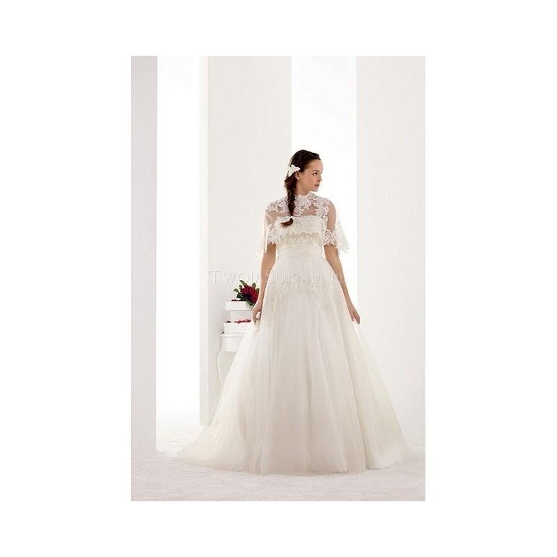 Hochzeit - Pronuptia Paris - Mademoiselle Amour (2014) - Melle Marine - Glamorous Wedding Dresses