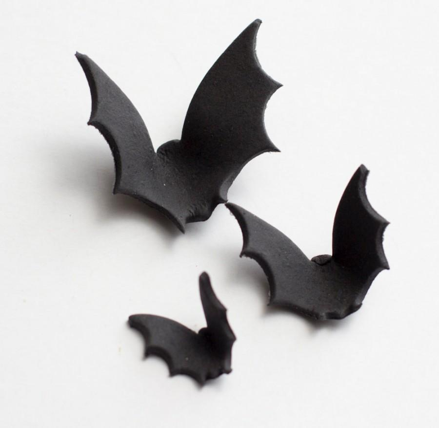 Hochzeit - Fondant bats (Set of 15) - See policies for turnaround time & fondant care info
