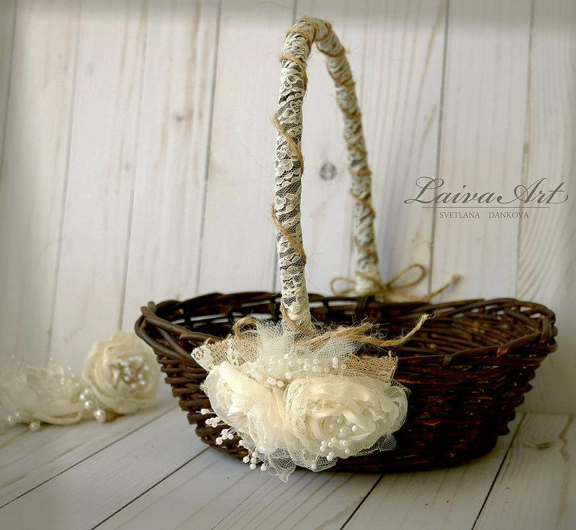 Свадьба - Rustic Flower Girl Basket Rustic Wedding Decoration