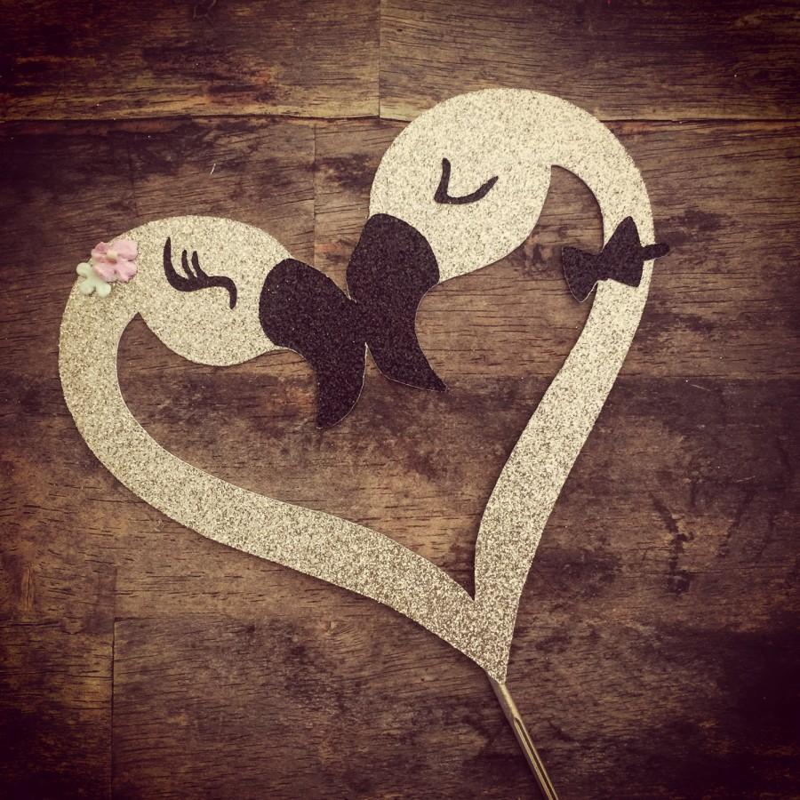 Hochzeit - Flamingo Glitter Engagement  or Wedding Cake Topper. Bridal Shower Cake Topper Flamingo Heart Cake Topper