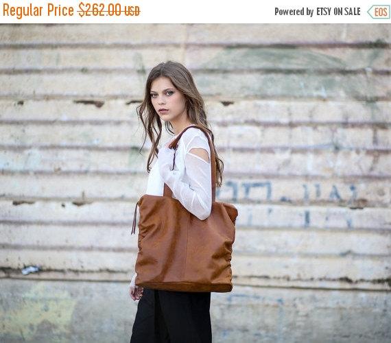 Свадьба - Sale Womens Leather Shoulder Tote Bag, Handmade Leather Bag, Honey Brown Soft Leather Bag, Leather Hobo Bag
