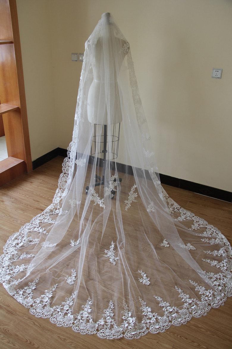 Wedding - Bridal Lace Veil, Cathedral Lace Veil, Wedding Accessory made of Venice Lace Flower along full edge.