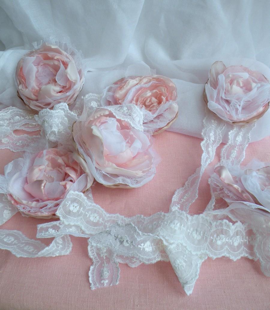 Свадьба - 10 Wedding silk flowers, White Pink Fabric Wedding Flowers, Boho Wedding Flowers, Vintage Wedding Flowers, Shabby Elegant Wedding Flowers,