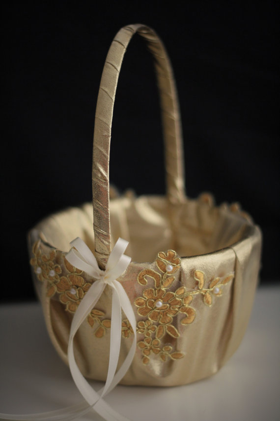 Mariage - Gold Wedding Basket  Gold Flower Girl Basket  Gold Lace Basket  Lace Wedding Basket in Gold  Unique Basket  Gold Petals Basket