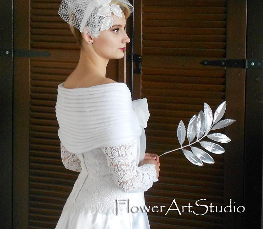 Mariage - White Bridal Shawl, Bridal Cover Up, Wedding Bolero, White Shrug, Wedding Wrap, Crochet Shawl, White Capelet, Bridal Cape, Bridesmaid Shawl
