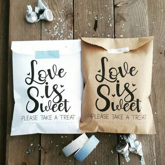 Hochzeit - Favor Bags - Wedding Favor Bags - Treat Bags - Love is Sweet - Anniversary Favor Bags - Engagement