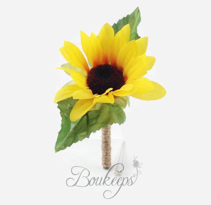 Свадьба - Sunflower Boutonniere, Silk Sunflower Boutonniere with Twine, Sunflower Wedding, Rustic Wedding, Country Wedding, Yellow Boutonniere, Groom