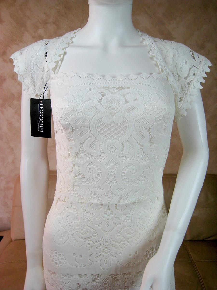 Mariage - White lace wedding dress with bolero top, bride dress from vintage lace with a train, lace wedding gown