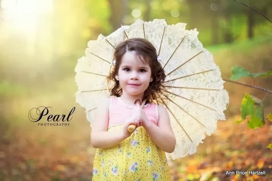 Mariage - Parasol Flowergirl - Matching flowergirl parasol -  Ivory Alençon Lace with tiny sequins