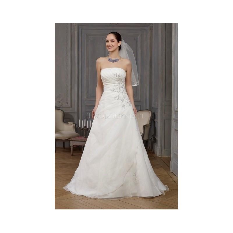 Wedding - Point Mariage - Fashionable (2014) - Ancolie - Glamorous Wedding Dresses
