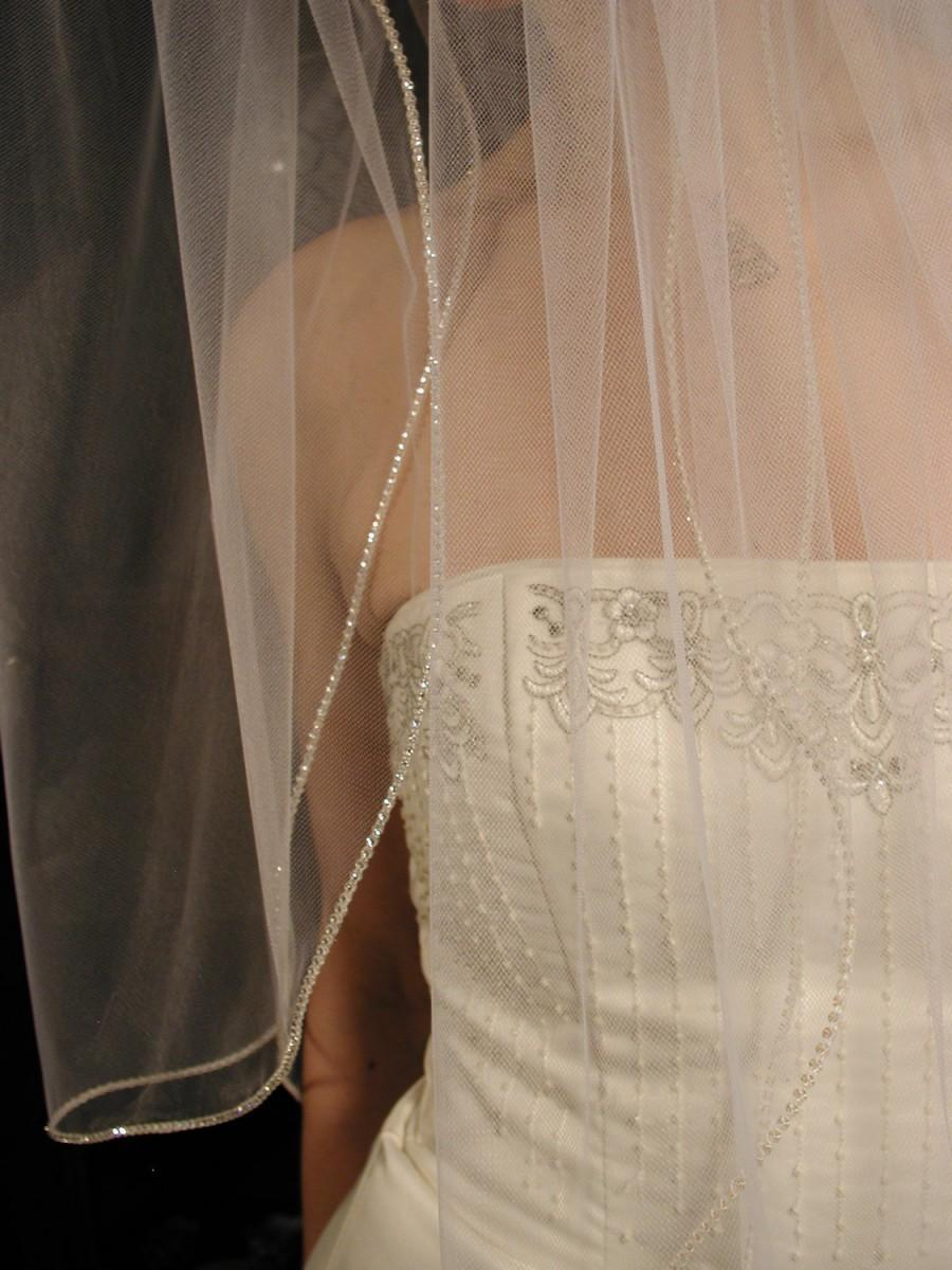 Mariage - 2 layers wedding veil - swarovski crystals edging. 2 layers bridal veil. This veil is ready to ship.