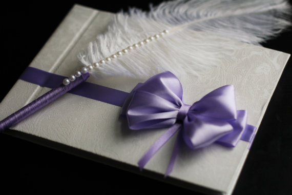 Mariage - Violet & White Wedding Guest Book   Ostrich Feather Pen Set  Purple Pen with Feather  Wishes book  Memory Book  Blank Paper Journal