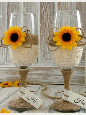 Mariage - Wedding Champagne Glasses Sunflower Wedding Glasses Wedding Rustic Toasting Flutes Lace twine Bride and Groom Glasses  Wedding Mr & Mrs