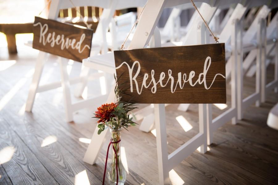 Hochzeit - Reserved Wedding Sign, Wedding Decor, Wedding Ceremony Decor, Rustic Wedding, Wedding, Wedding Church Decor, Wedding Reception Decor