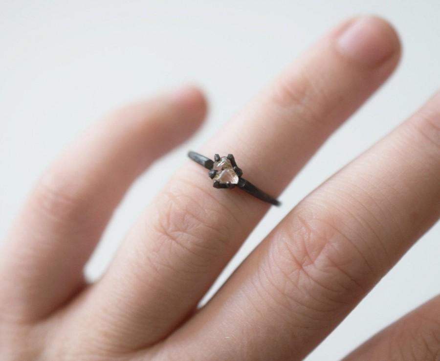 زفاف - Simple Engagement Ring, Raw Gemstone Jewelry, White Raw Diamond Engagement Ring, Organic Rough Wedding Ring, Dainty Boho, Avello Graduation