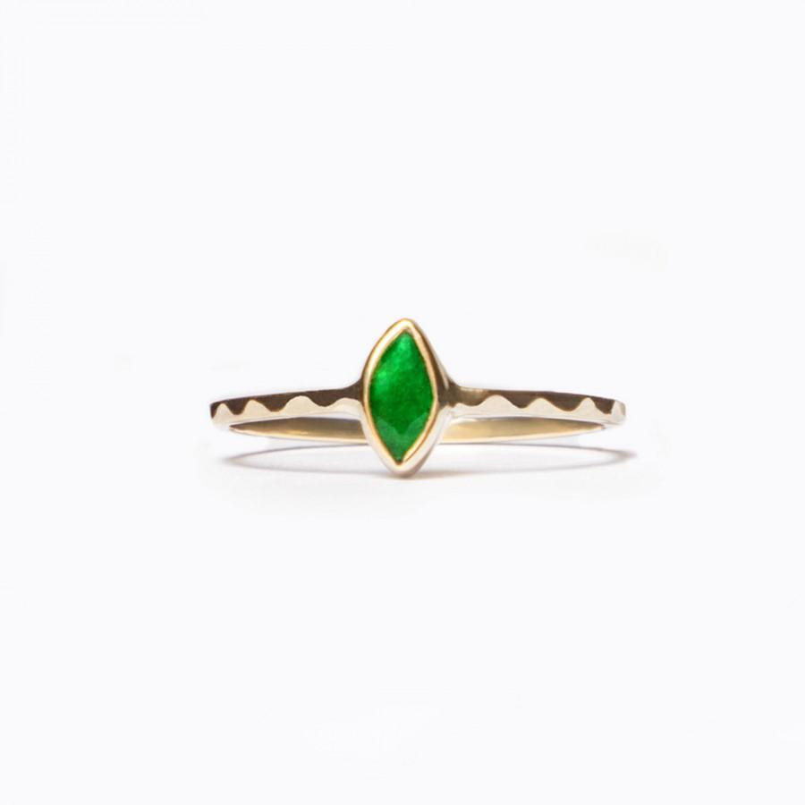 Hochzeit - Emerald Engagement Ring, 14k Gold Ring, Alternative Wedding Ring, Green Gold Ring, Natural Emerald Ring, Stacking Ring, Delicate Ring