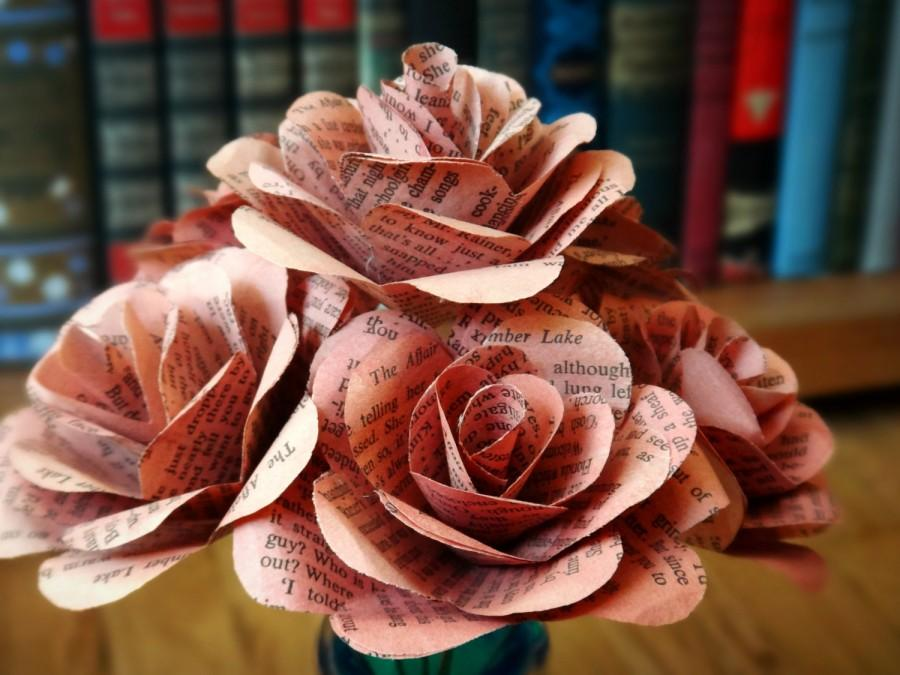 Mariage - Pink Book Page Flowers