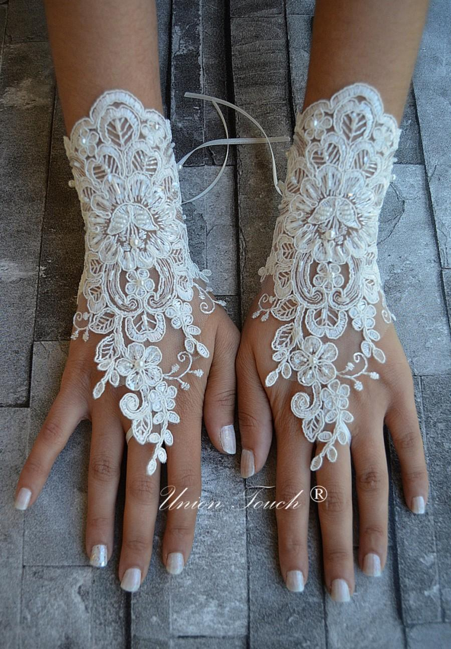 Wedding - ivory wedding glove unique Original design Wedding Gloves ivory lace gloves Fingerless Gloves Free Ship