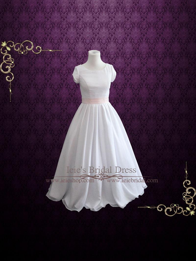 Boda - Simple Wedding Dress With Sleeves