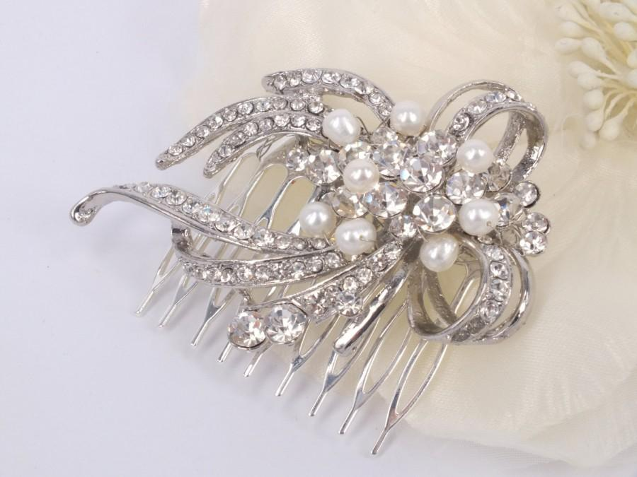 Hochzeit - Maria - Vintage style Rhinestone and Freshwater Pearl Bridal Comb