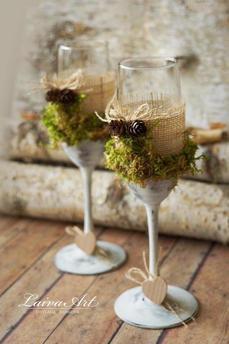Mariage - Rustic Wedding Champagne Flutes Wedding Champagne Glasses Outdoor Country Barnyard Vintage Wedding