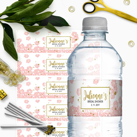 Mariage - Pink and Gold Bridal Shower Water Bottle Labels-Glitter Modern Floral DIY Printable Personalized Bridal Shower Water Bottle Labels Wrappers