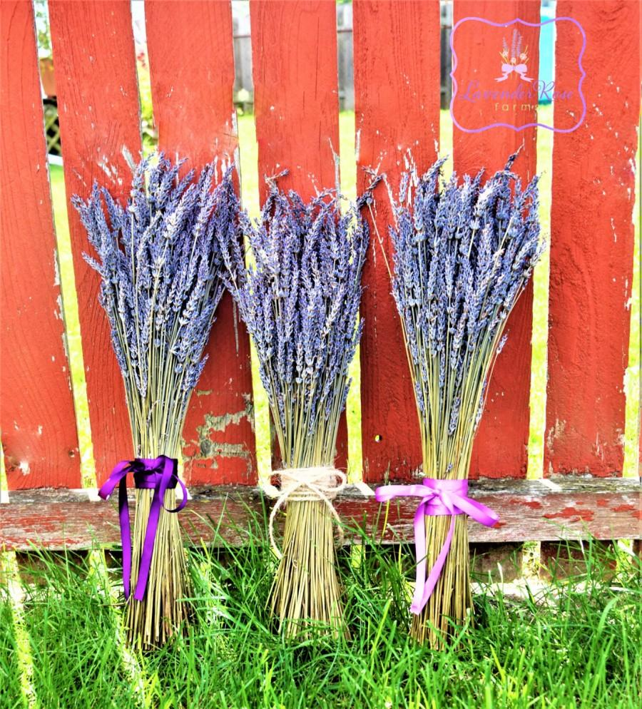 Wedding - Rustic dried lavender simple bridesmaids or bride's wedding bouquet , wedding decor, vintage, country, home decor. Grosso lavender