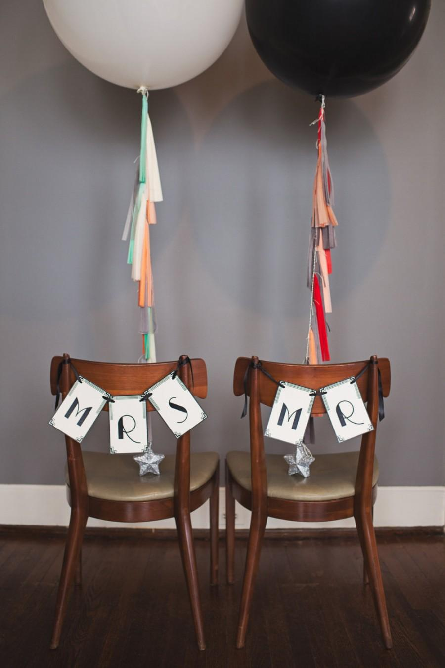 Wedding - Art Deco Chair Signs: Mr & Mrs