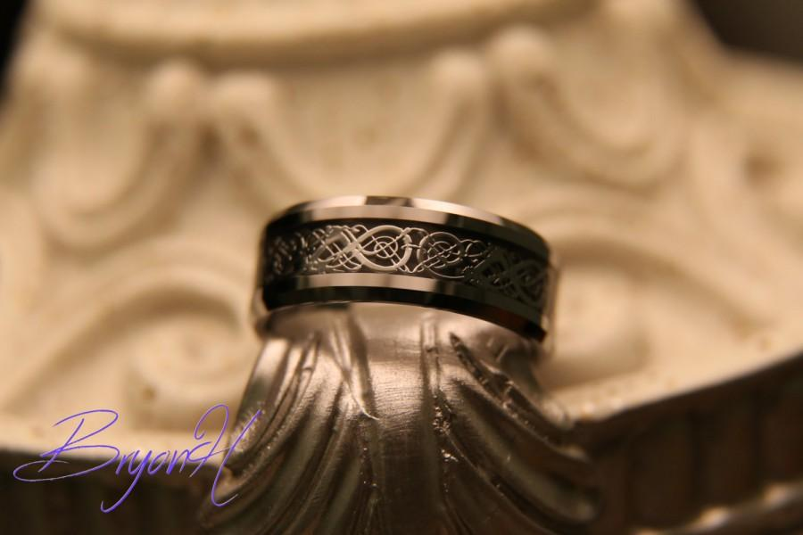 Hochzeit - His and Her promise rings, Matching size Tungsten wedding bands Tungsten Carbide Wedding Ring Engraved ring promise wedding bands 8MM 6MM